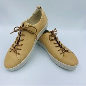 NWOT Ecco Soft 8 Leather Sneaker